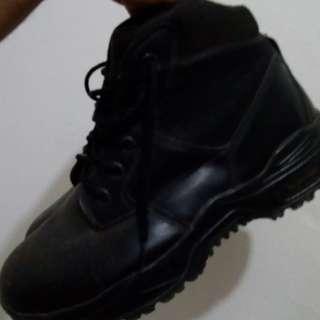 Magnum armi boot