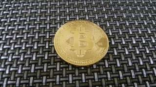 New Gold Plated Commemorative Bitcoin Collectible Golden Iron Miner Coins Gift