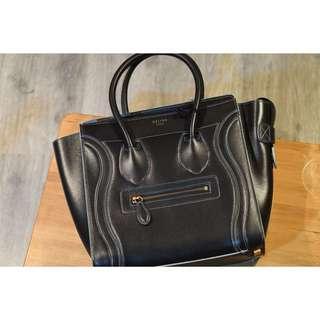 Celine Luggage Micro 黑色綠邊 black debossed Handbag