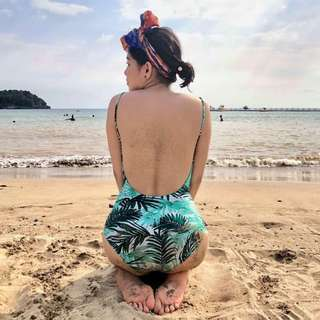 One piece low back