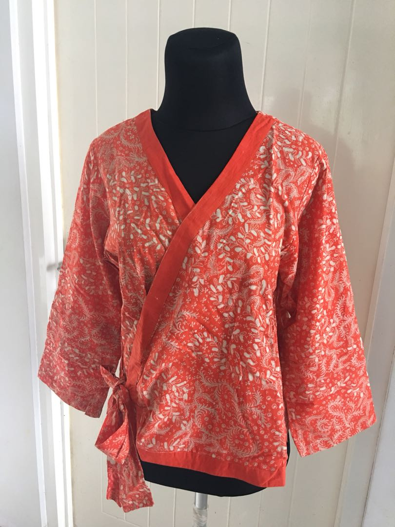 Atasan Batik Model Kimono Women S Fashion Women S Clothes On Carousell