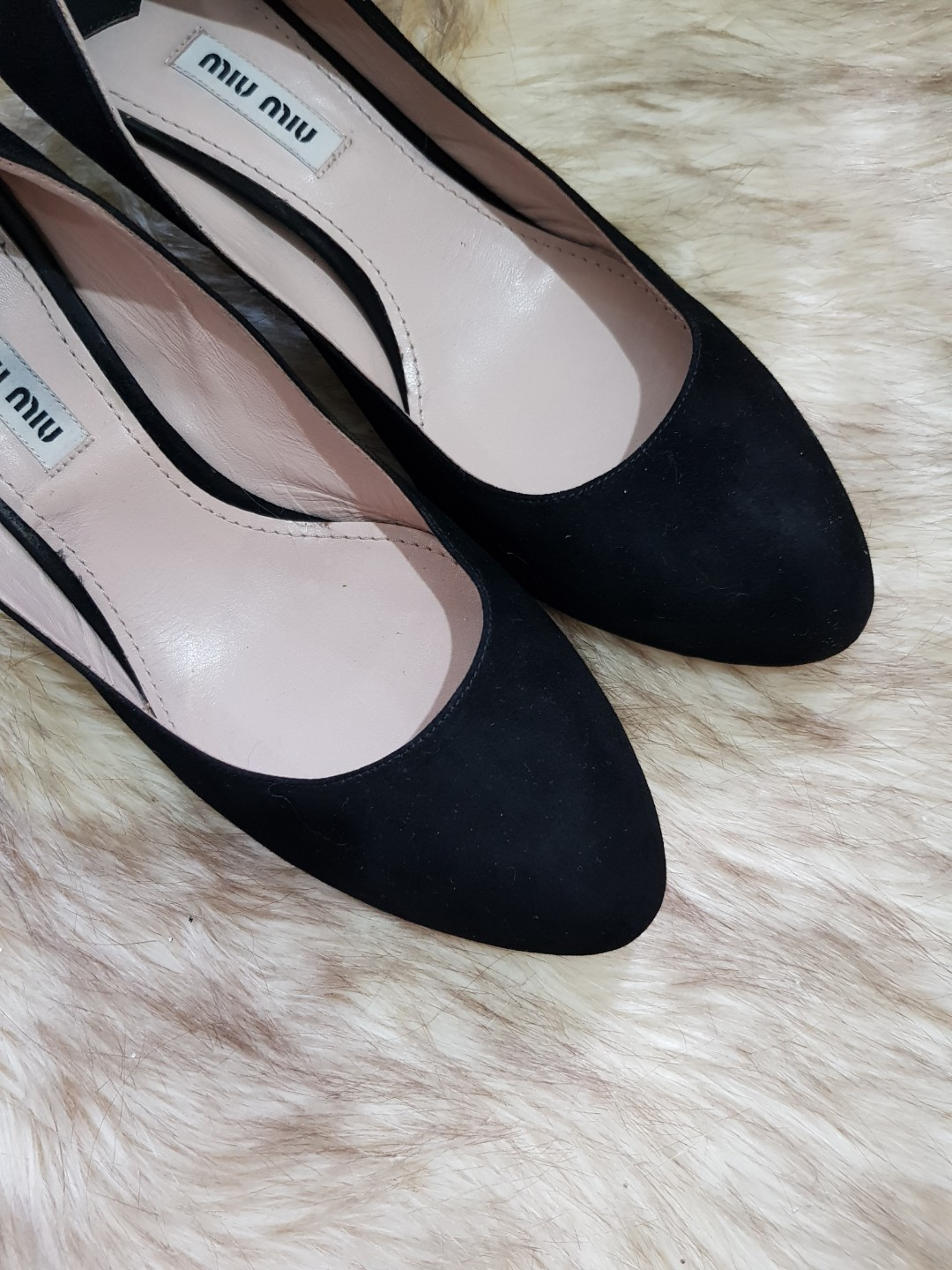 b87031cf0ce9 Authentic Miu Miu Black Suede Leather Kitten Heel Pumps Size 37.5, Women's  Fashion, Shoes on Carousell