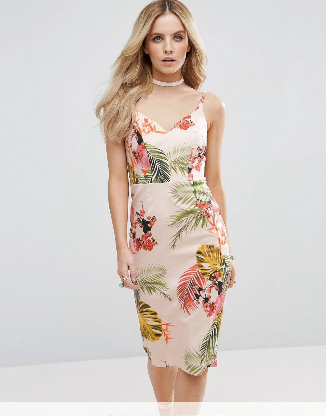 8e04045218f BNWT ASOS Floral Midi Dress