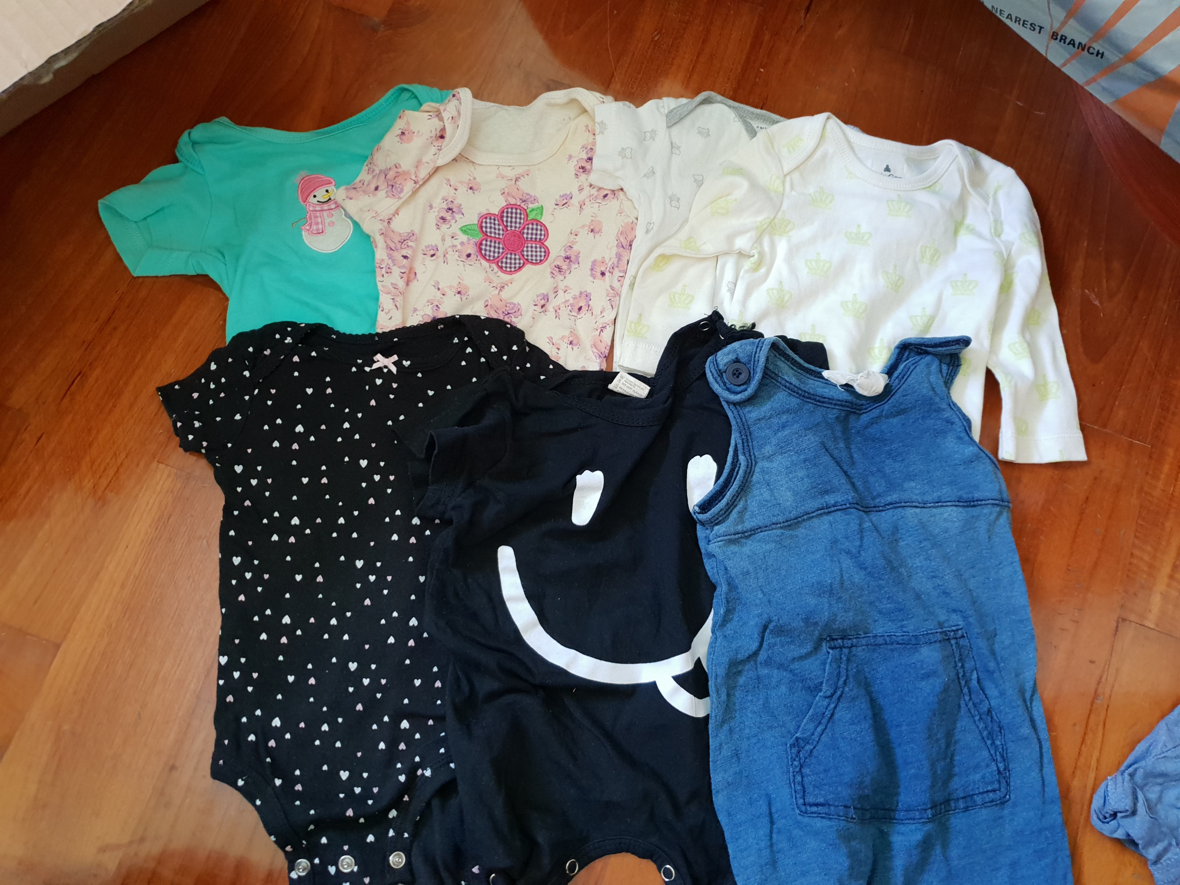 04281088a Carter baby gap cotton on baby rompers x 7 bundle