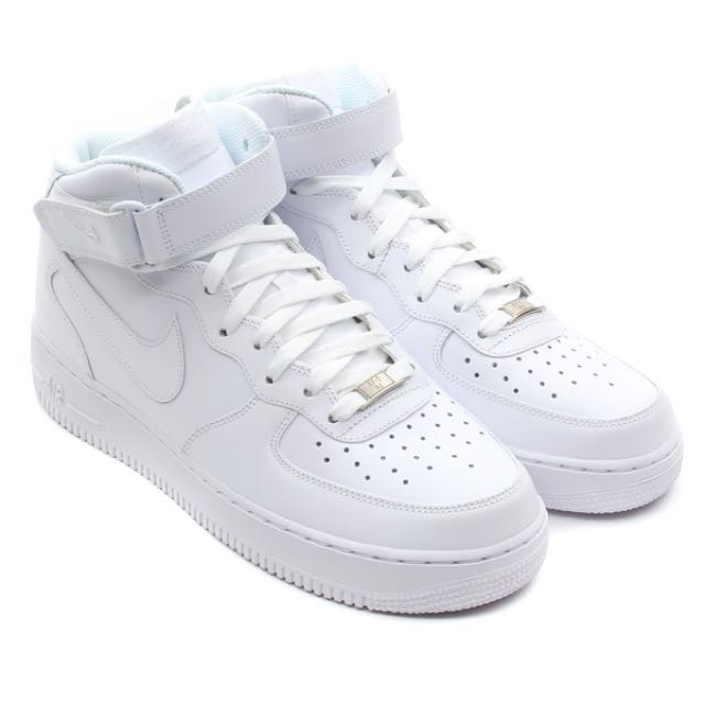 hot sale online a6acd f0fa6 Nike Air Force 1 Mid