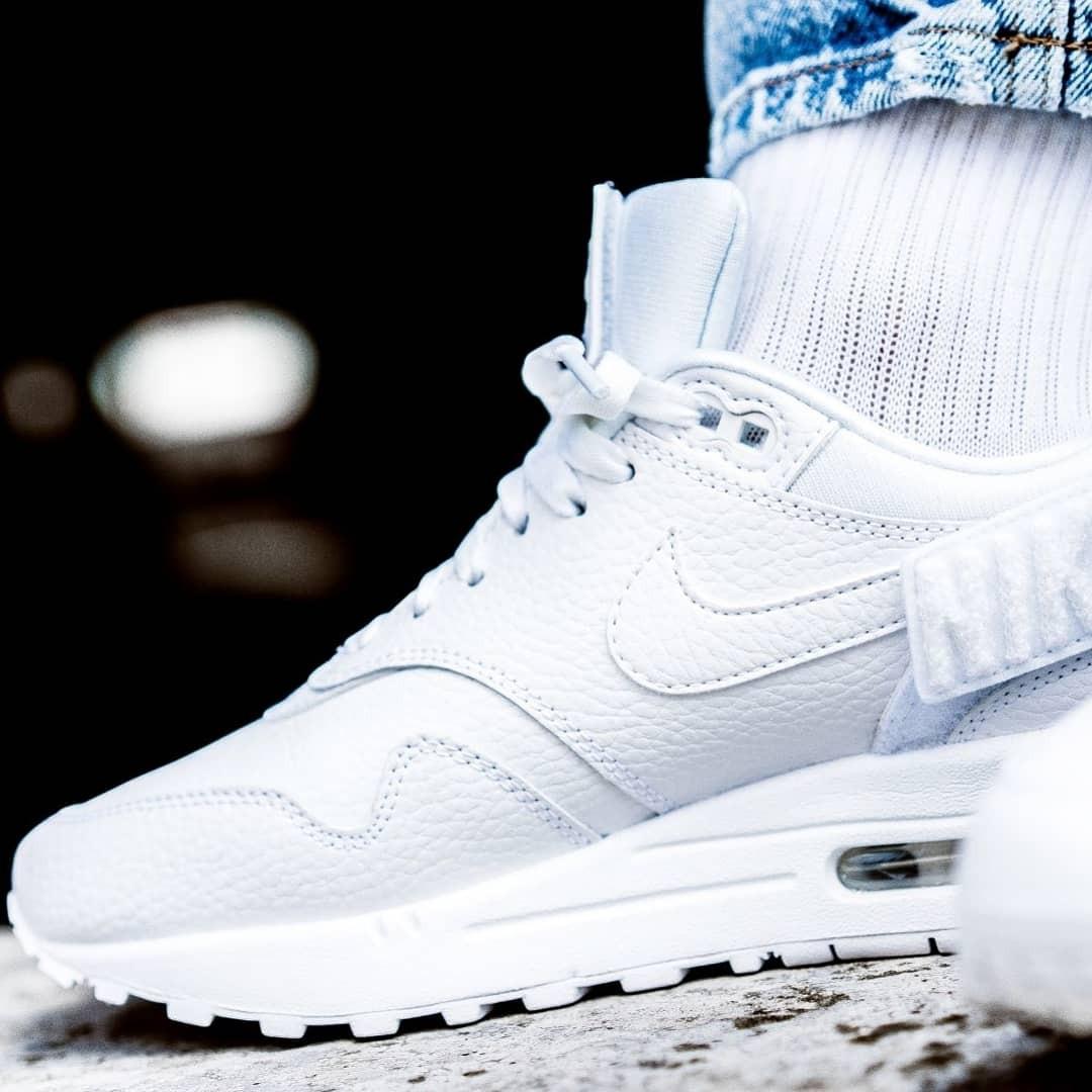 Nike WMNS Air Max 1 100