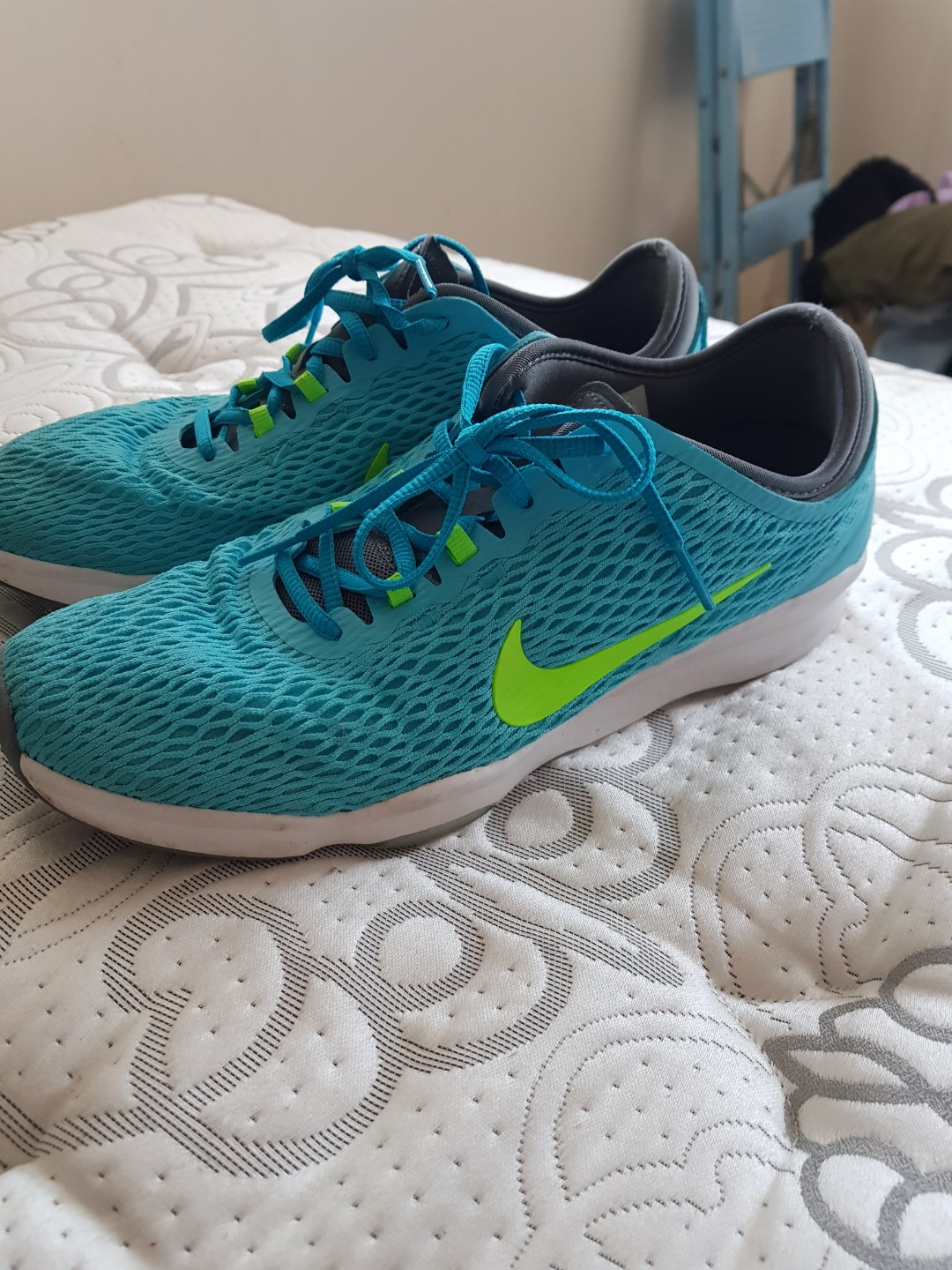 Nike Zoom Fit Blue Size 8.5