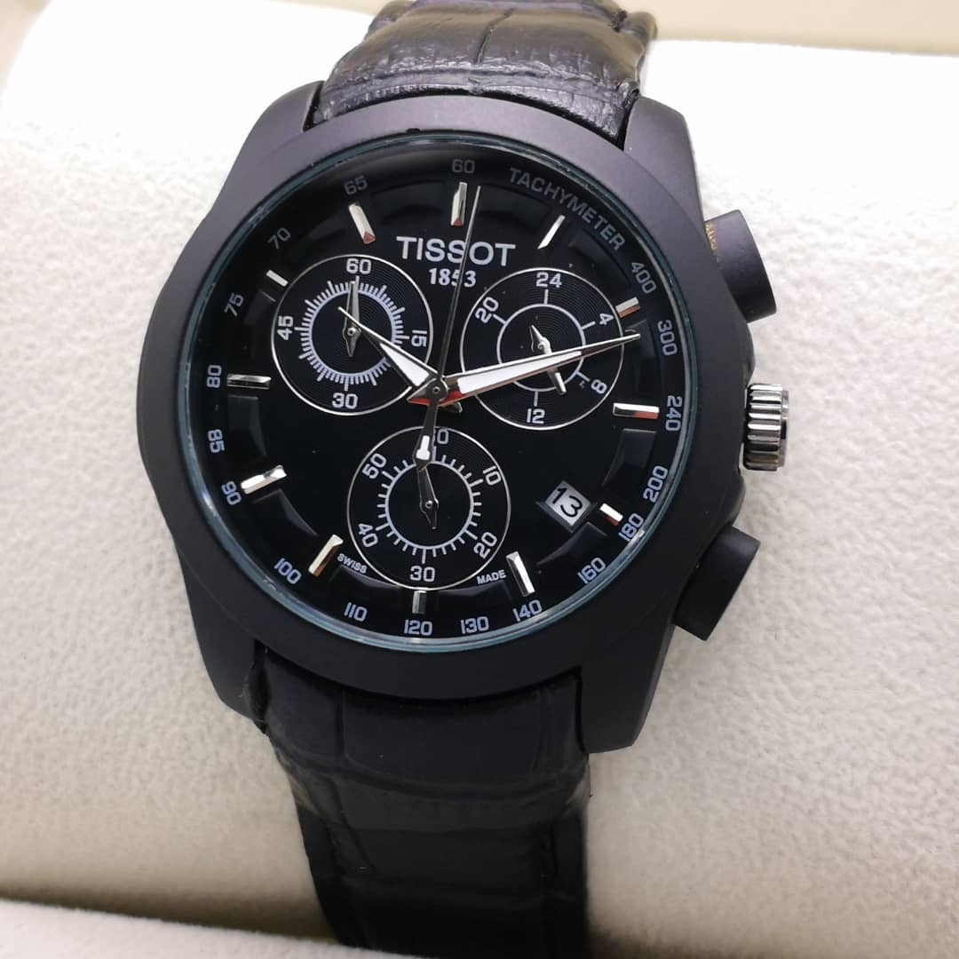 ed163e185c3 Tissot Chronograph, Men's Fashion, Watches on Carousell