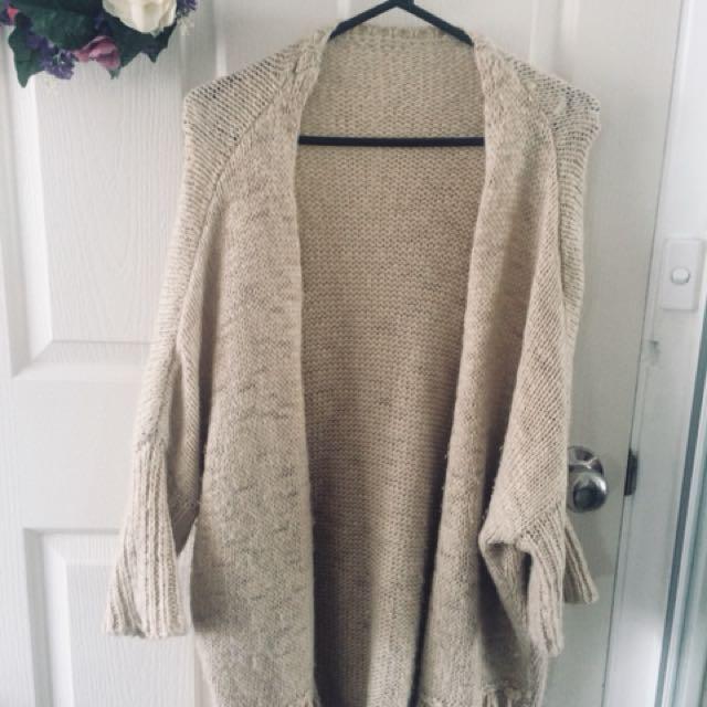 Wooly cardigan