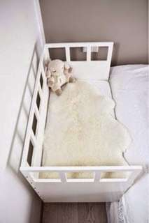 Baby side bed preloved