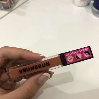 [Preloved] BrunBrun Lip Cheek Eye Color