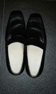 Louis vuitton loafers size 41 uero