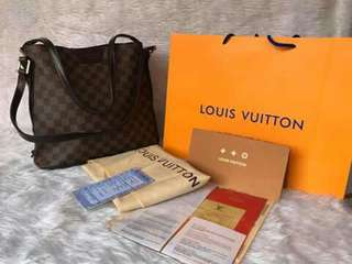 HIGH QUALITY LOUIS VUITTON BAG