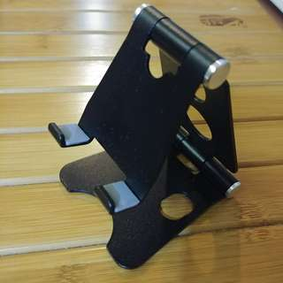 Folding metal phone stand