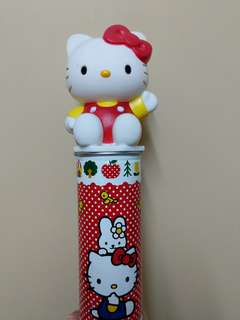 Hello Kitty 筆筒 連 鉛筆