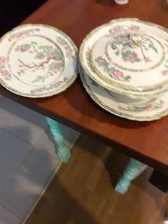 Serving tray and casserole dish