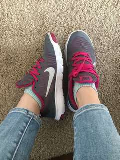 Nike Shoes Size -4.5 Y / Women's 6