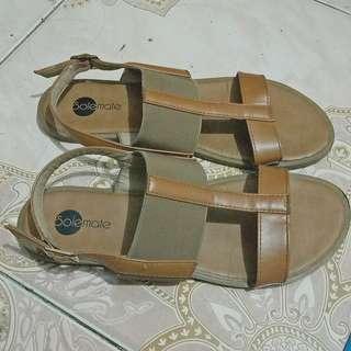 Solemate Sandals