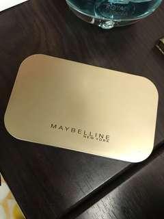 Maybelline 夢幻奇蹟嫩粉餅 色號oc2
