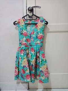 Dress bunga cantik