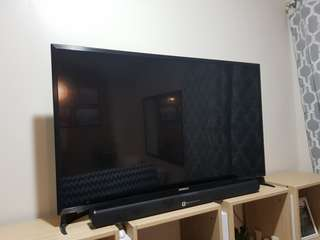 "46"" HD LED TV with Soundbar & free TV plus"