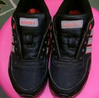 Kasut Adidas Neo Original