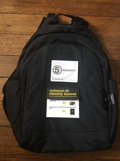 PacSafe RFID MetroSafe 350 GII Anti-Theft Daypack/Laptop Backpack