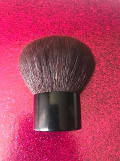 Chanel no 8 Kabuki Travel Brush