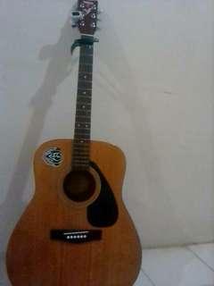 Gitar yamaha ori