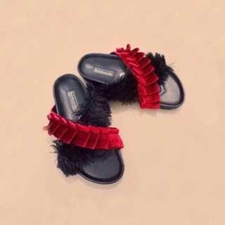Fur Sandal / Sendal Bulu / H&M / Rubi / Selop Sepatu Wedges Slip On