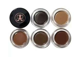 Anastasia Beverly Hill inspired pomade