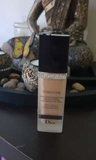 Christian Dior foundation