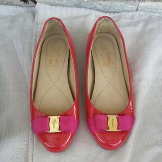 Authentic Ferragamo Size37 Shoes