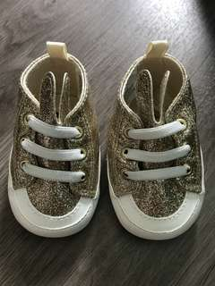 Baby girl Shoes gold glitter