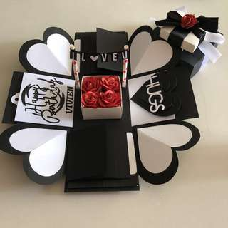 Explosion box with gift box , 8 waterfall in black , red & white