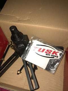 Tusk Crankcase Splitter and Crank puller w C Clip