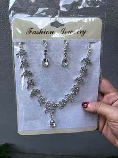 Diamond Necklace +Earring