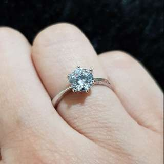 Solitaire Ring (Size 5)