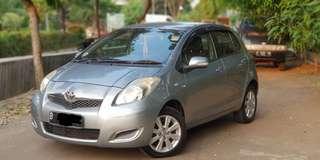 Toyota Yaris 1.5 J AT 2009 Silver Metalic