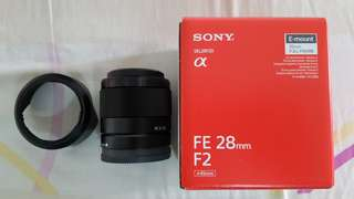 Sony FE 28mm f/2 < 1mth old