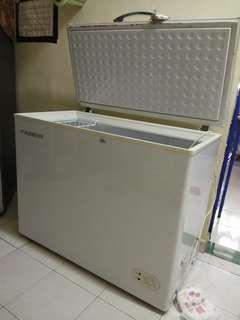 Freezer untuk dijual