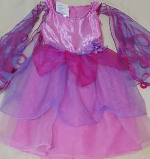 Costume for lil girls