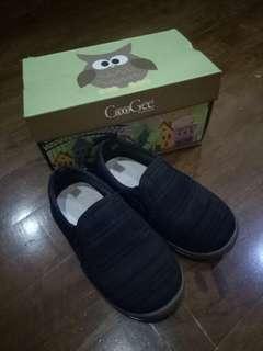 Sepatu anak CooGee