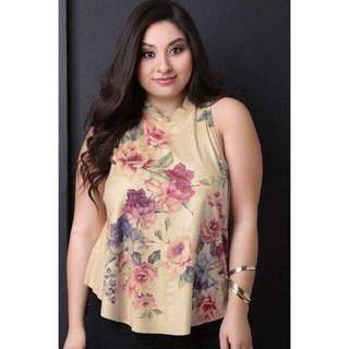 Plus Size Floral Halter Top