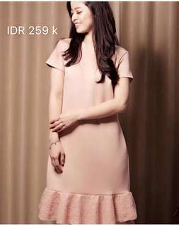 Sack dress, warna kalem