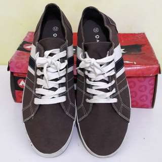 Sepatu Canvas Airwalk original