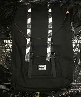 Herschel backpack(Aunthentic Quality)