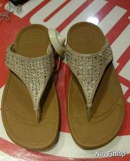Novy toe sandal