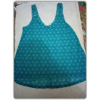 H&M beach top Size XS (fit to M)