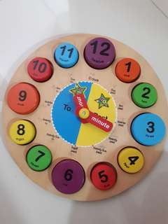 Reserved Wooden clock learning resource